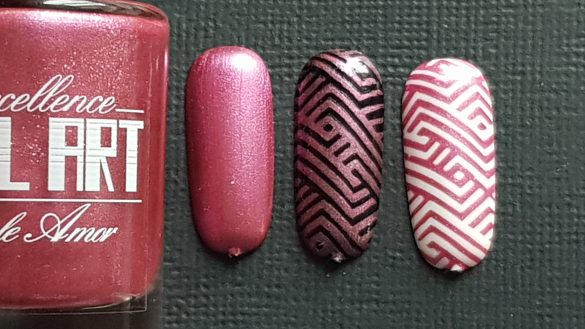 Vernis Stamping – Rose pailleté – Excellence Nail Art